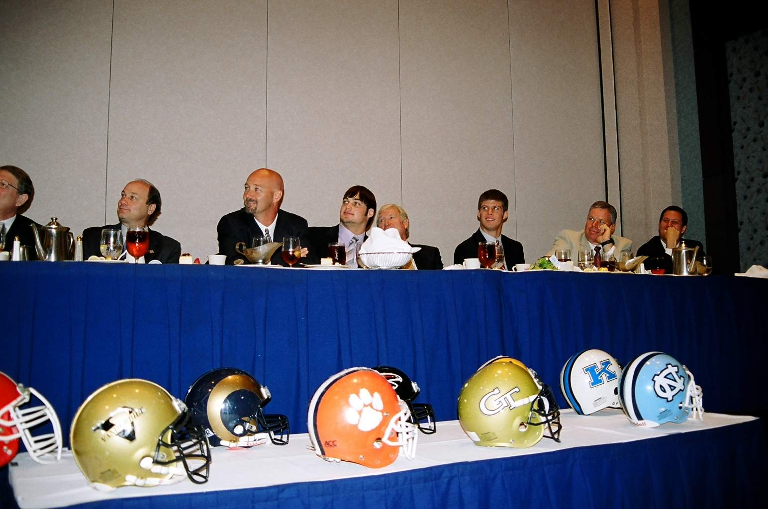 10-18-04 The TCA Dais