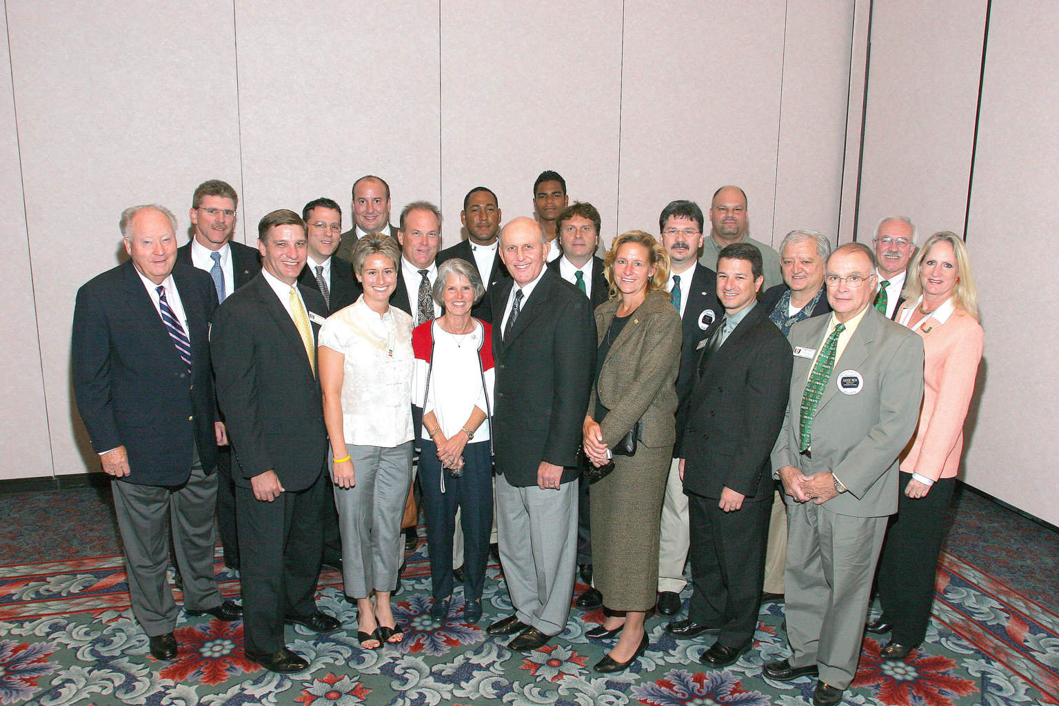 10-4-04 U of M Alumni with Larry Coker