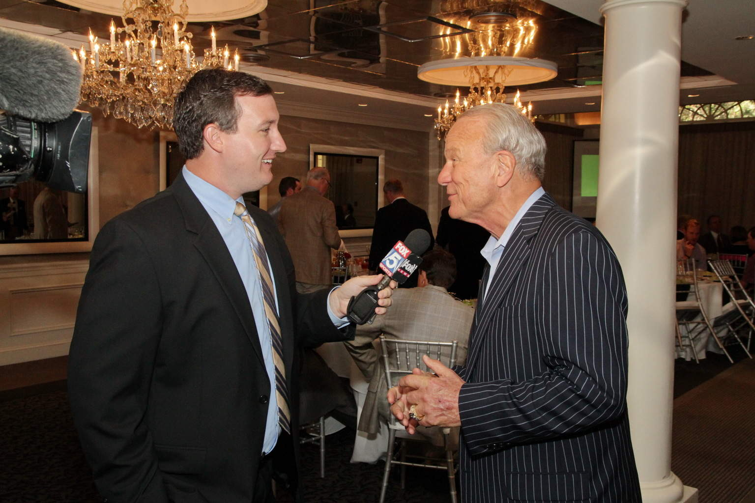 FOX 5 interviewing Barry Switzer